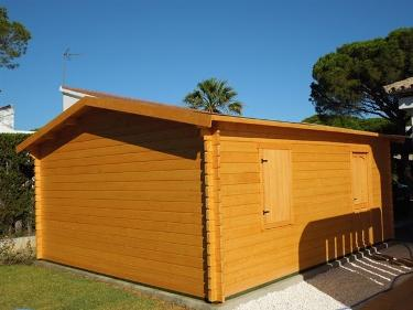 Solid timber garage Spain